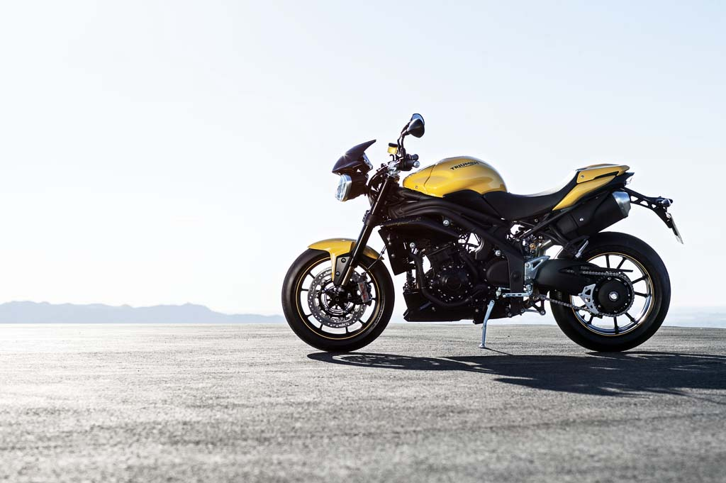 2016 Triumph Speed Triple 94 Review 1