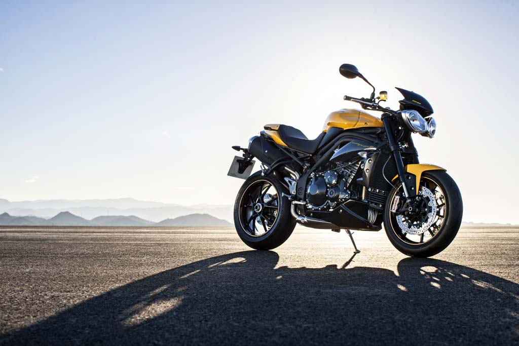 2016 Triumph Speed Triple 94 Review 2