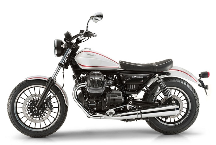 2016-Moto-Guzzi-V9-Roamer-Side-View